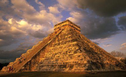 ancient-mayan-ruins-chichen-itza-mexico.jpg